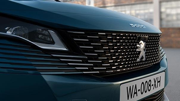 /image/47/5/new-large-peugeot-5008-suv-with-7-seats-design-frameless-grille.791475.jpg