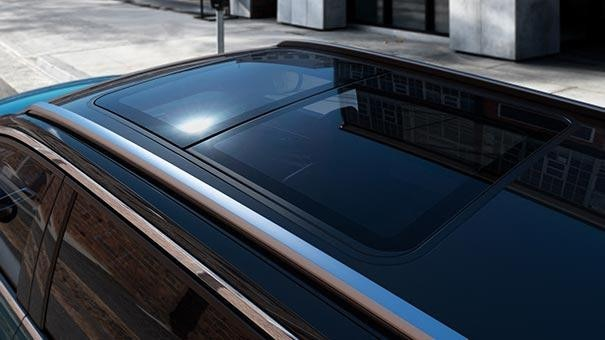 /image/47/7/new-large-peugeot-5008-suv-with-7-seats-design-panoramic-sunroof.791477.jpg