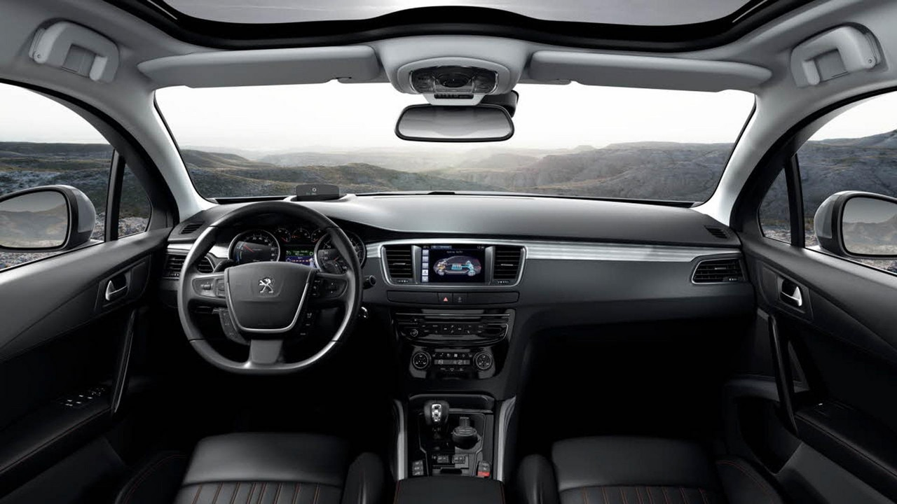 Peugeot 508 rxh interior for Interieur 508 rxh
